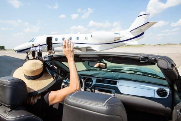 Privatflugzeug und Kunde